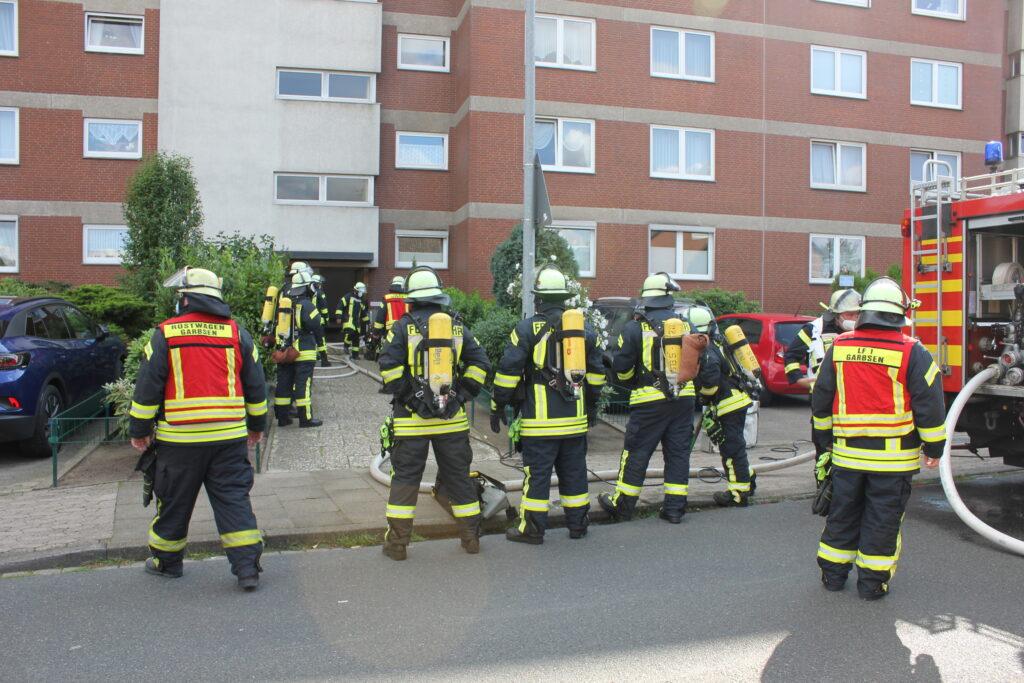 Kellerbrand in Mehrfamilienhaus