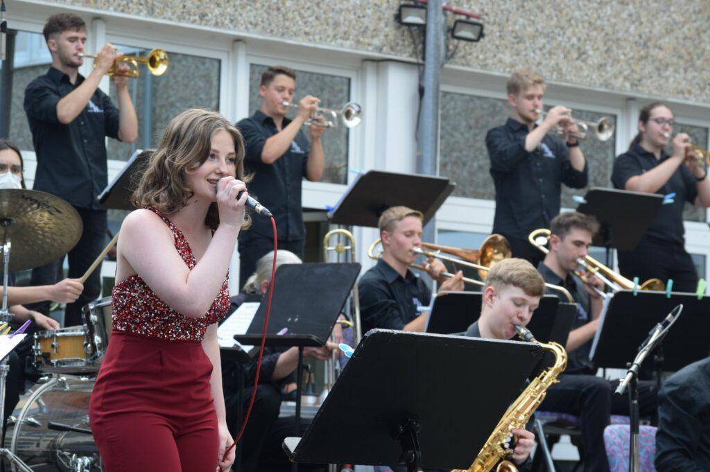 Jazzclub Garbsen bittet zur Swingnight in das Geschwister-Scholl-Gymnasium