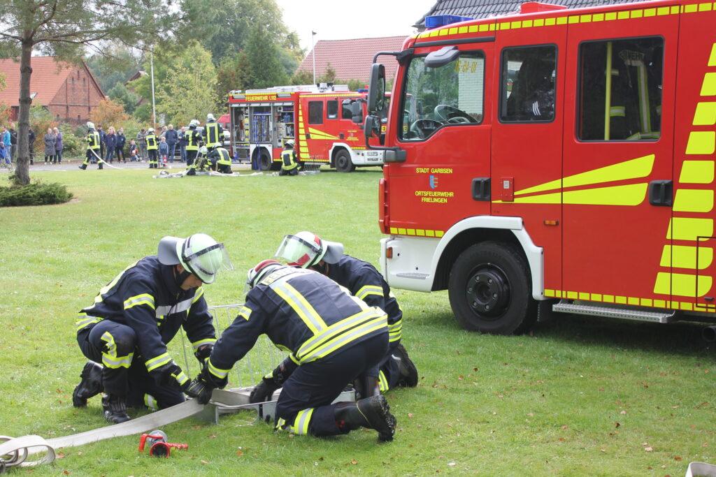 Feuerwehr beendet Truppmannausbildung erfolgreich